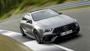 CLA Coupe AMG in Fahrt