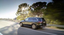 Mercedes-Benz GLS - Unterwegs auf der Straße