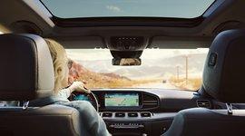 Innenraum mit Display - Mercedes-Benz GLE