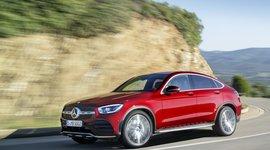 Mercedes-Benz GLC Coupe in voller Fahrt