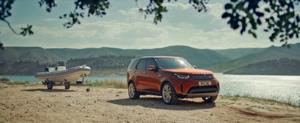 Land Rover Discovery mit Bootsanhänger